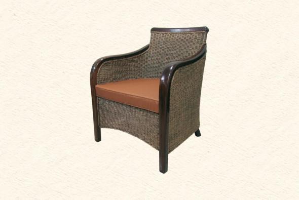 Кресло Валуа из ротанга AR22