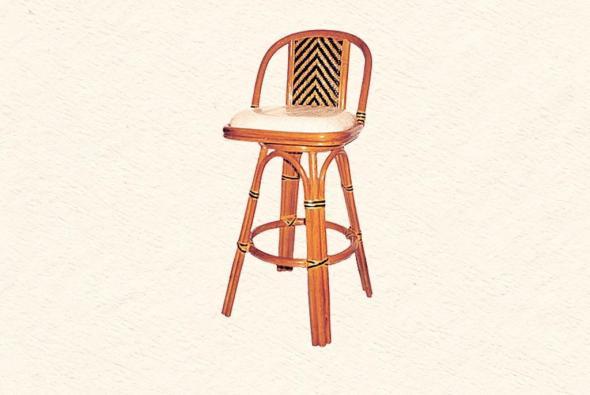 Барный стул Марадонна из ротанга B10