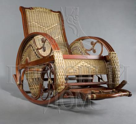 кресло-качеля из ротанга